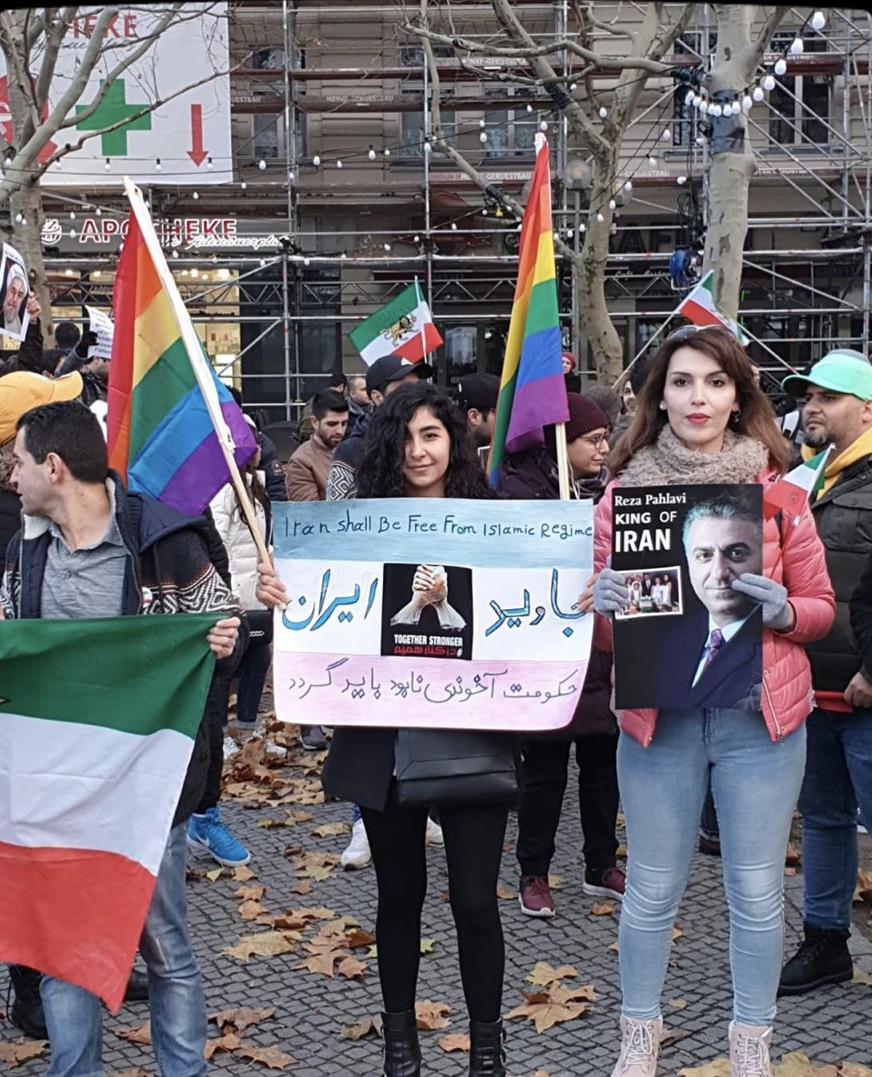 همبستگی رنگینکمانیها با معترضان: ما هستیم