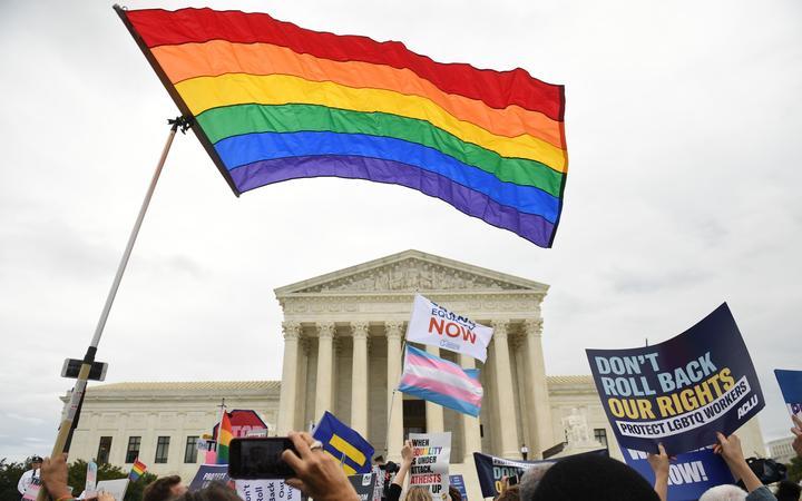 رای دیوان عالی آمریکا در حمایت از اشتغال اقلیت های جنسی