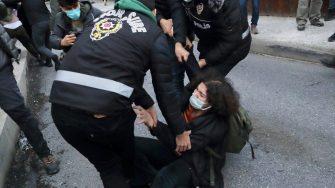 حمله شدید اردوغان به رنگینکمانیهای معترض: شما مخربید